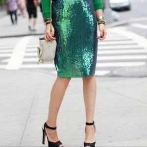 H&M mermaid sequin pencil skirt 🧜♀️
